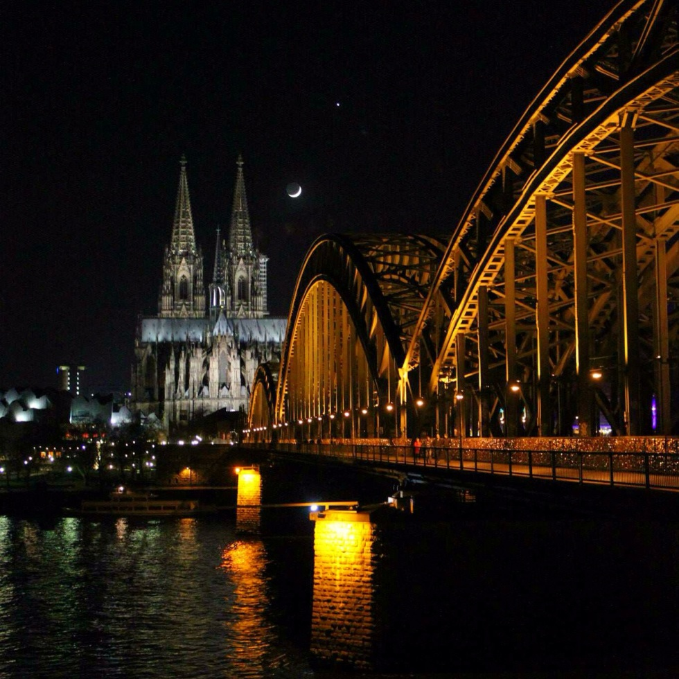 the-nat-channel-natventures-germany-cologne-cathedral-bridge.JPG