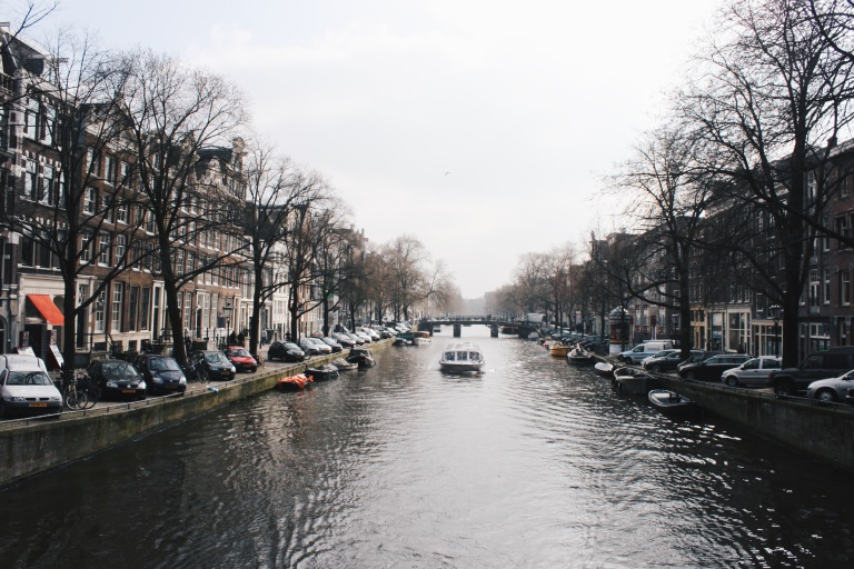 the-nat-channel-natventures-holland-amsterdam-canal-riverside.JPG