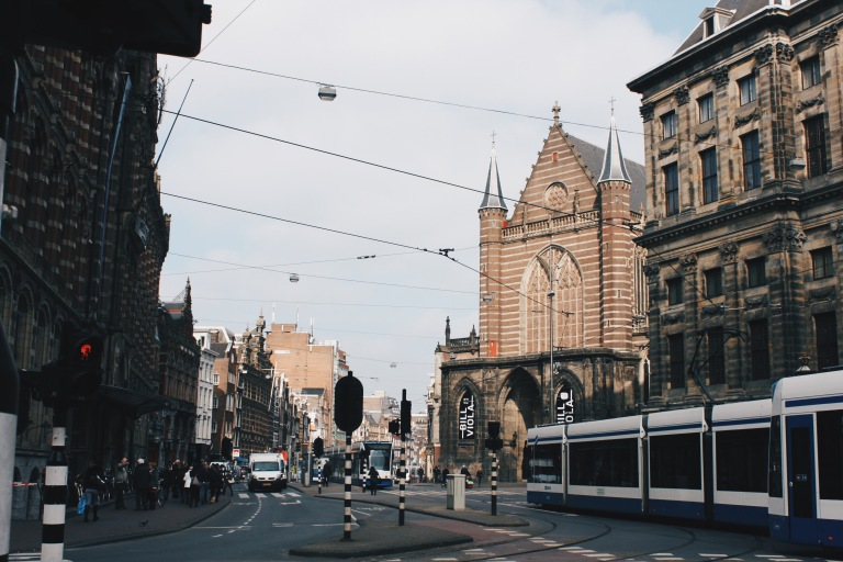 the-nat-channel-natventures-holland-amsterdam-tram-tracks.JPG