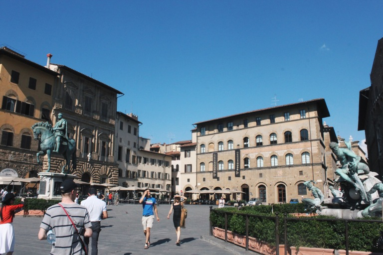 the-nat-channel-natventures-italy-florence-palazza-vecchio-fountain-of-nepunes