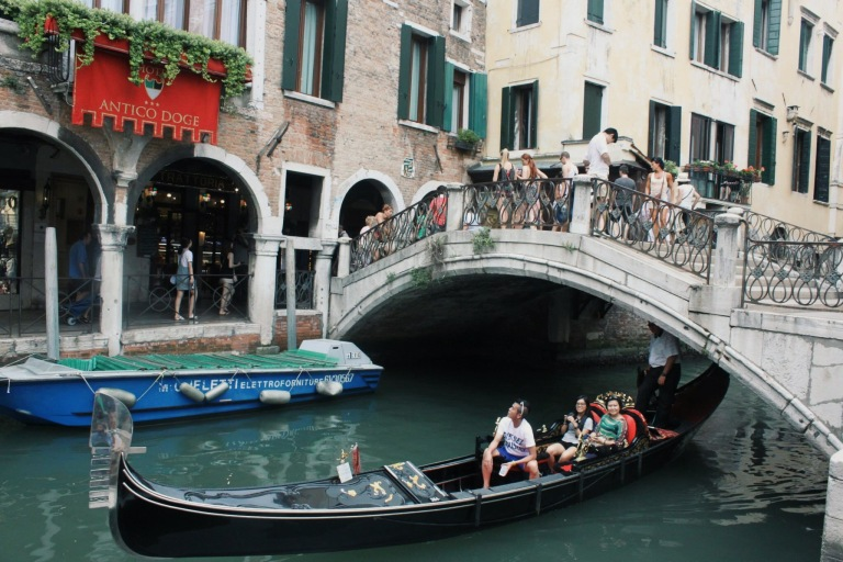 the-nat-channel-natventures-italy-venice-island-gondola-ride