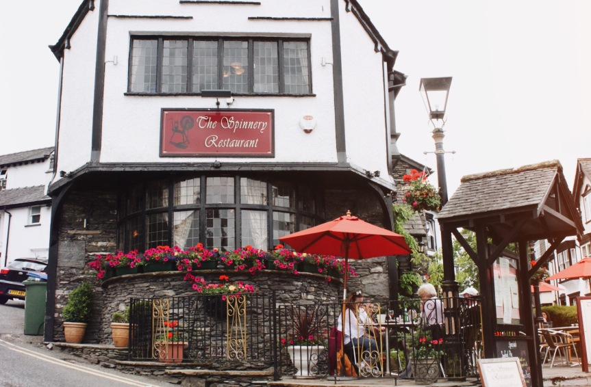 the-nat-channel-england-britain-lake-district-windermere-quaint-cafe