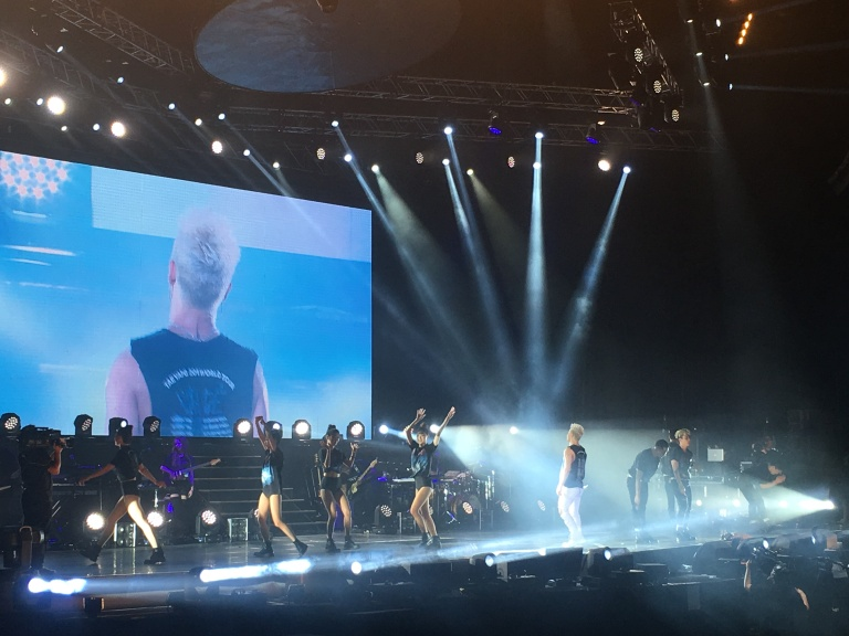 the-nat-channel-concert-macao-taeyang-white-night-2017-live.JPG