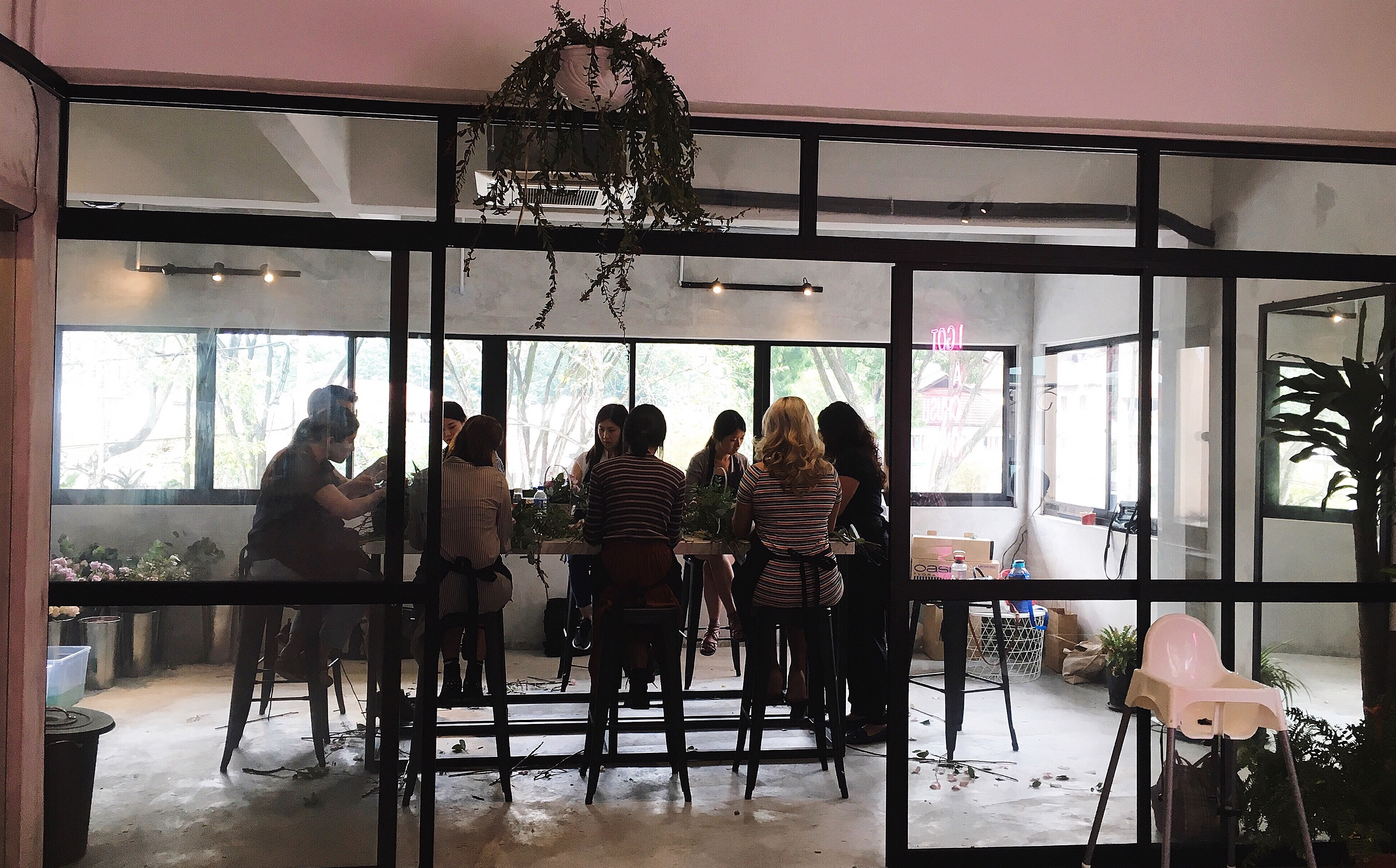 the-nat-channel-amore-espresso-bar-cafe-ttdi-taman-tun-floral-arangement