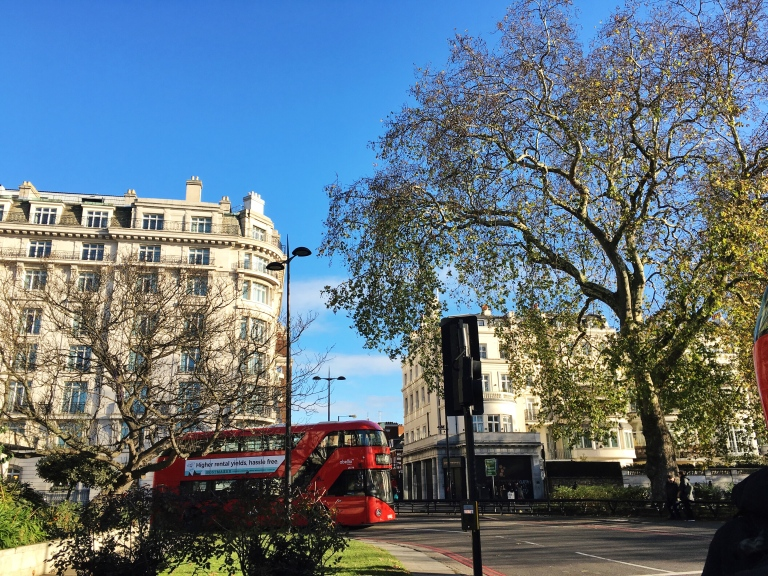 the-nat-channel-natventures-england-london-sunny-blue-skies-winter-marble-arch.jpg