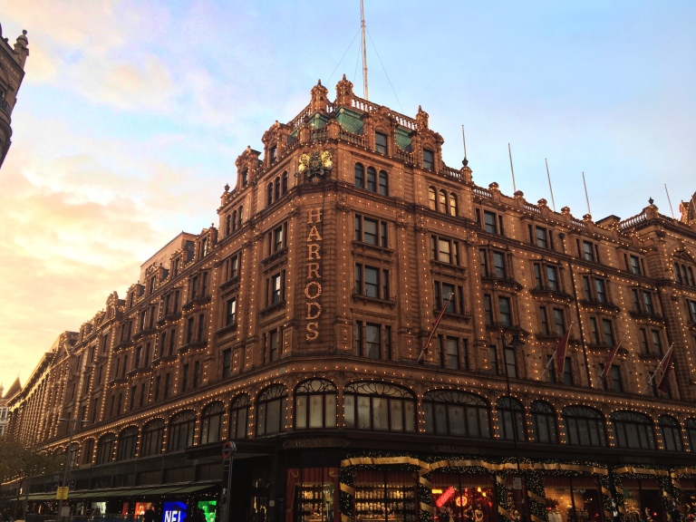 the-nat-channel-natventures-england-london-sunny-harrods