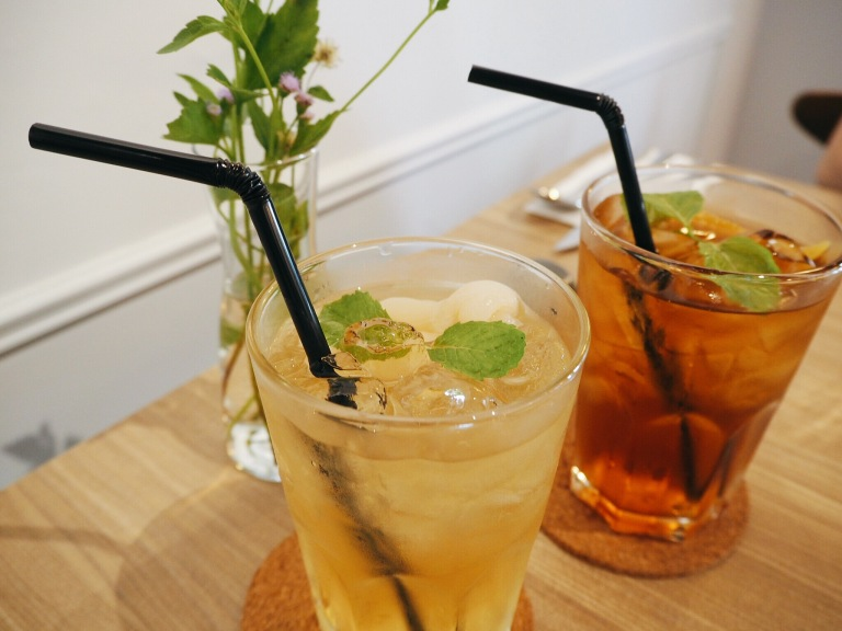 the-nat-channel-champignons-ara-damansara-oasis-square-honey-longan-ice-peach-tea.jpg