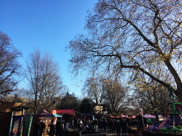 the-nat-channel-natventures-england-london-winter-wonderland-day-time-food-drinks-stalls.JPG
