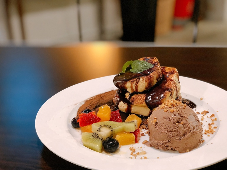 the-nat-channel-tadpole-pottery-art-cafe-subang-jaya-ss15-desserts-chocolate-sins.jpg
