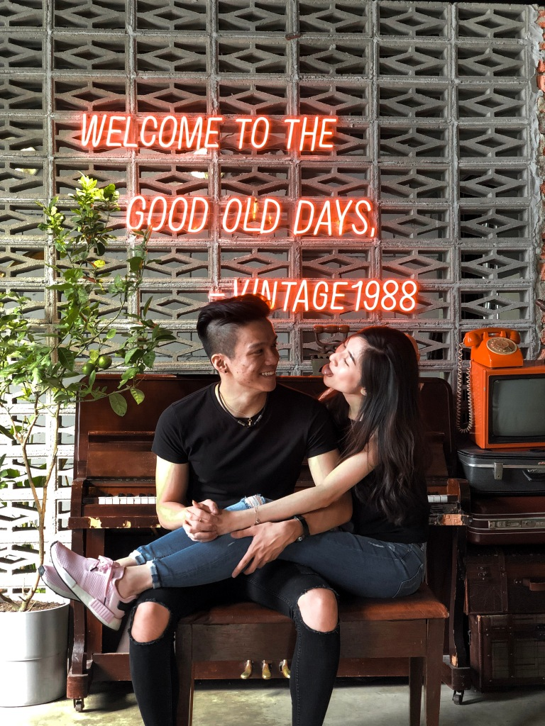 the-nat-channel-vintage-1988-chinatown-kl-cafe -instagramable-decor-setting-natasha-lee-ann-tong-v-keat.JPG