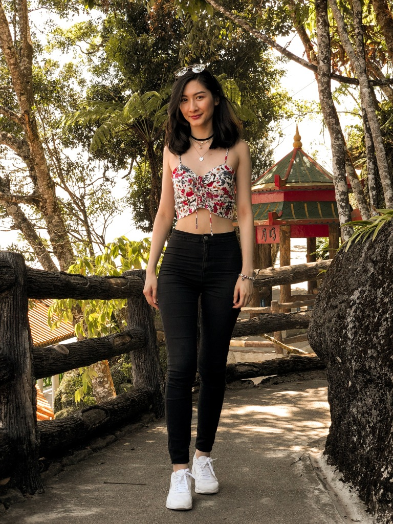 the-nat-channel-styled-by-n-floral-crop-top-jeans.JPG