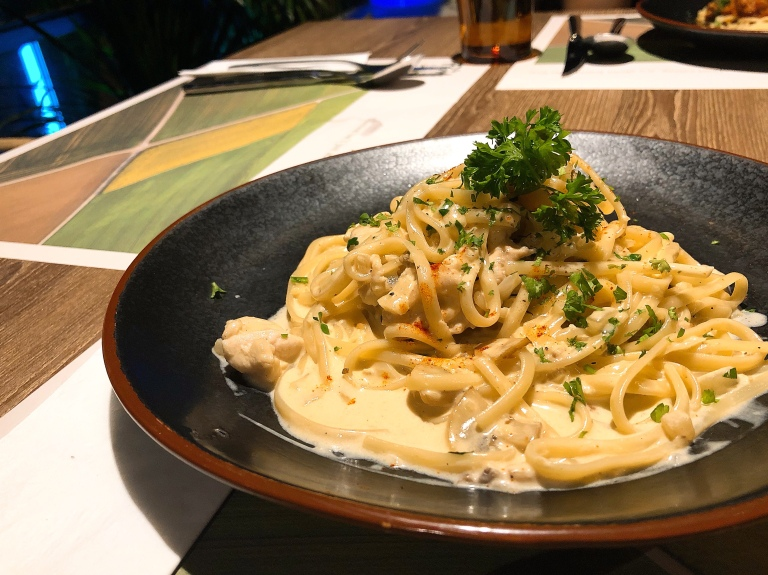 the-nat-channel-farm-foodcraft-bangsar-south-cafe-restaurant-creamy-chicken.jpg