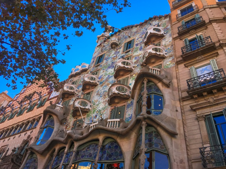 the-nat-channel-natventures-spain-barcelona-casa-batllo.JPG
