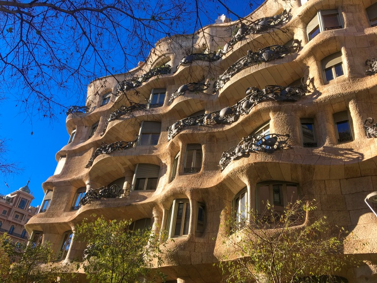 the-nat-channel-natventures-spain-barcelona-casa-Mila-gaudi