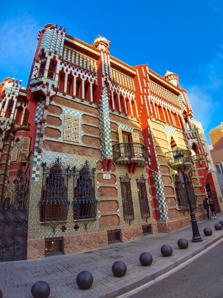 the-nat-channel-natventures-spain-barcelona-casa-vicens-gaudi
