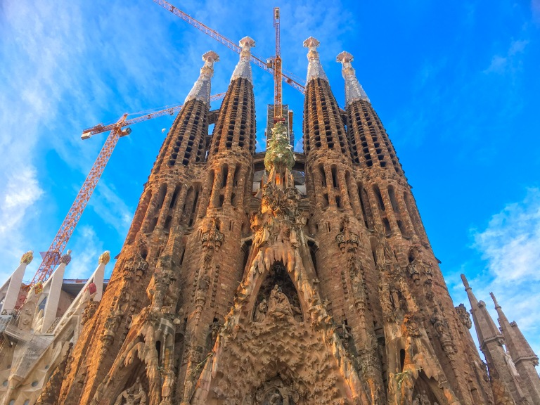 the-nat-channel-natventures-spain-barcelona-la-sagarda-familia.JPG