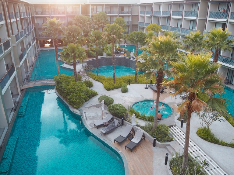 the-nat-channel-natventures-thailand-khao-lak-le-meridien-resort-swimming-pool