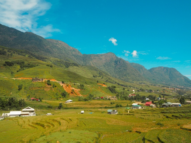 the-nat-channel-natventures-vietnam-sapa-mountain-trekking-tavan-village-tribe