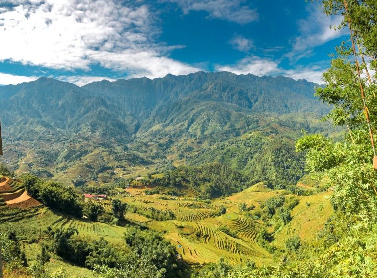 the-nat-channel-natventures-vietnam-sapa-mountain-trekking-y-linh-ho-village.JPG