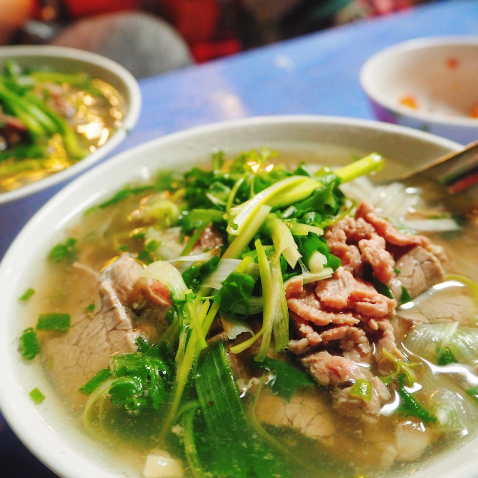 the-nat-channel-natventures-vietnam-hanoi-food-pho