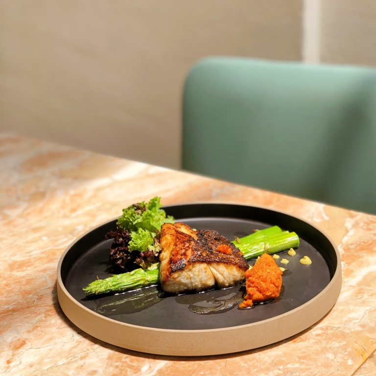 the-nat-channel-apollo-dining-bangsar-grilled chicken