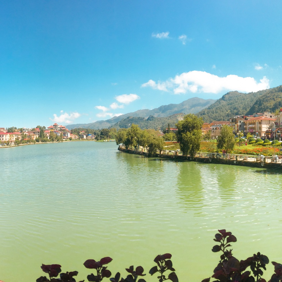 the-nat-channel-natventures-vietnam-sapa-town-lake-side