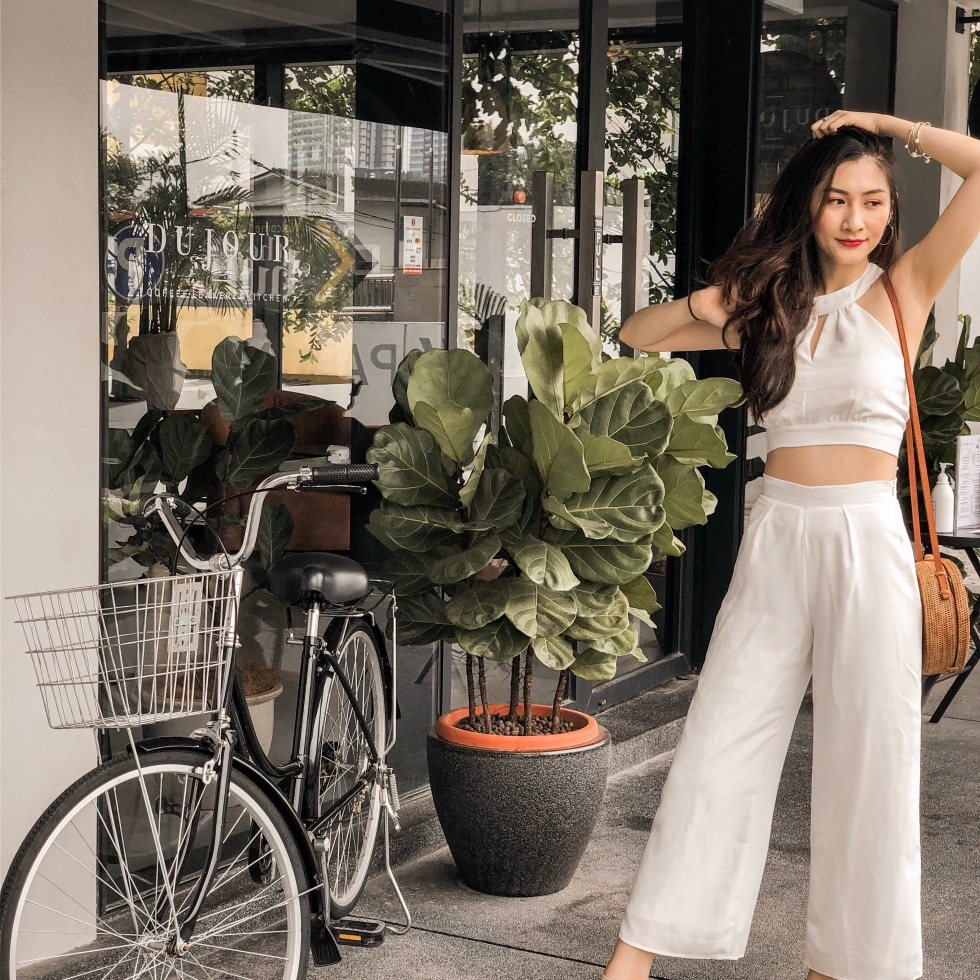 the-nat-channel-styled-by-n-culotte-crop-top-white-wide-leg-pants