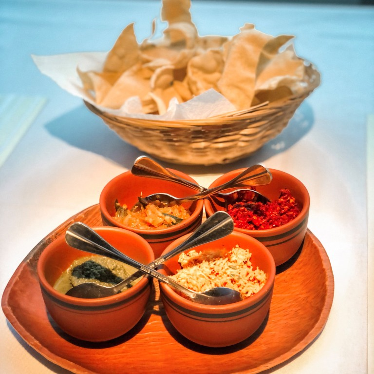the-nat-channel-a-li-yaa-sri-lankan-cuisine-bukit-damansara-restaurant-crackers-sambal.JPG