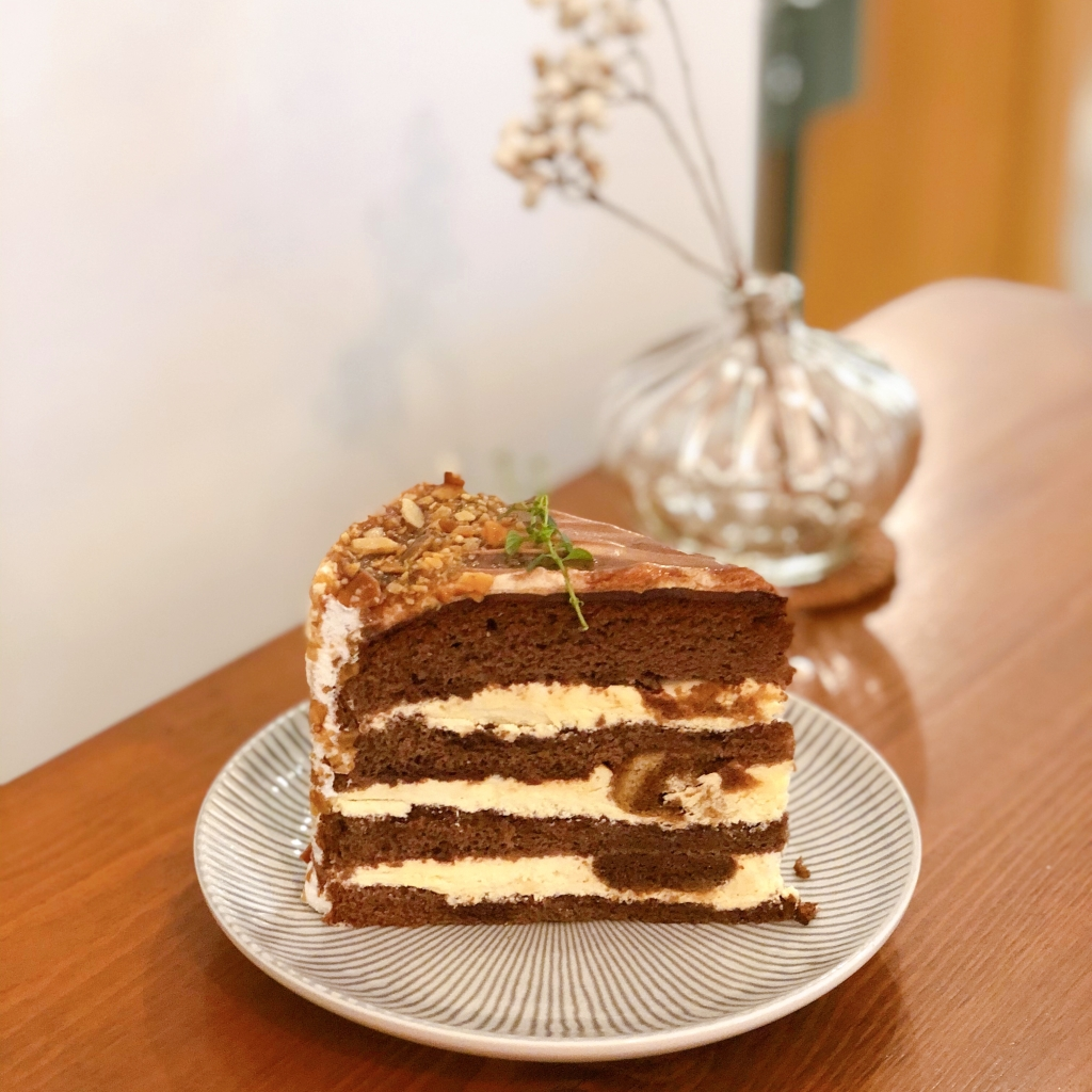 the-nat-channel-am-found-cafe-setia-alam-tiramisu-cake