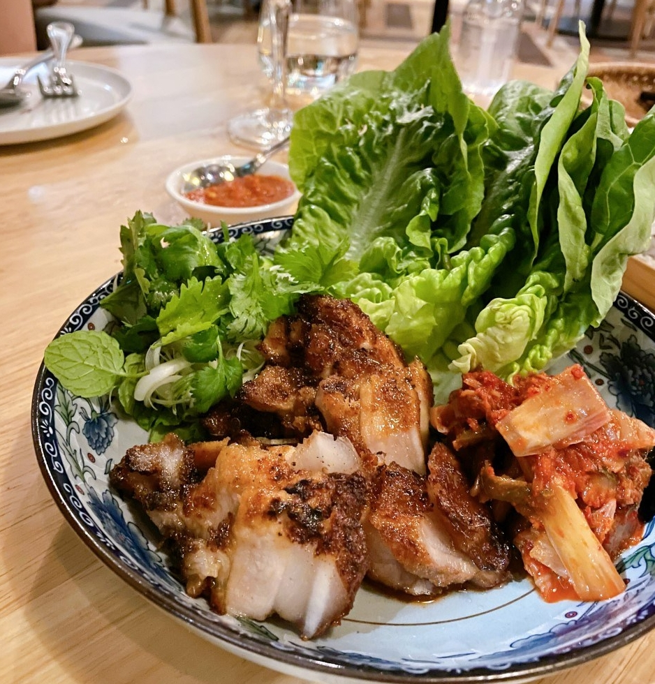 the-nat-channel-jing-ze-contemporary-dining-roast-pork-kimchi